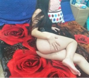 Einat mature escorts in Great Yarmouth