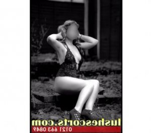 Mignonnette escorts in Great Yarmouth