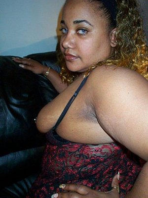 Falida hairy escorts in Madison, IN